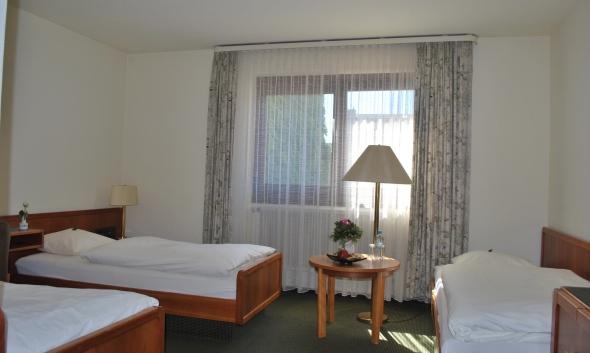 Zimmer 32